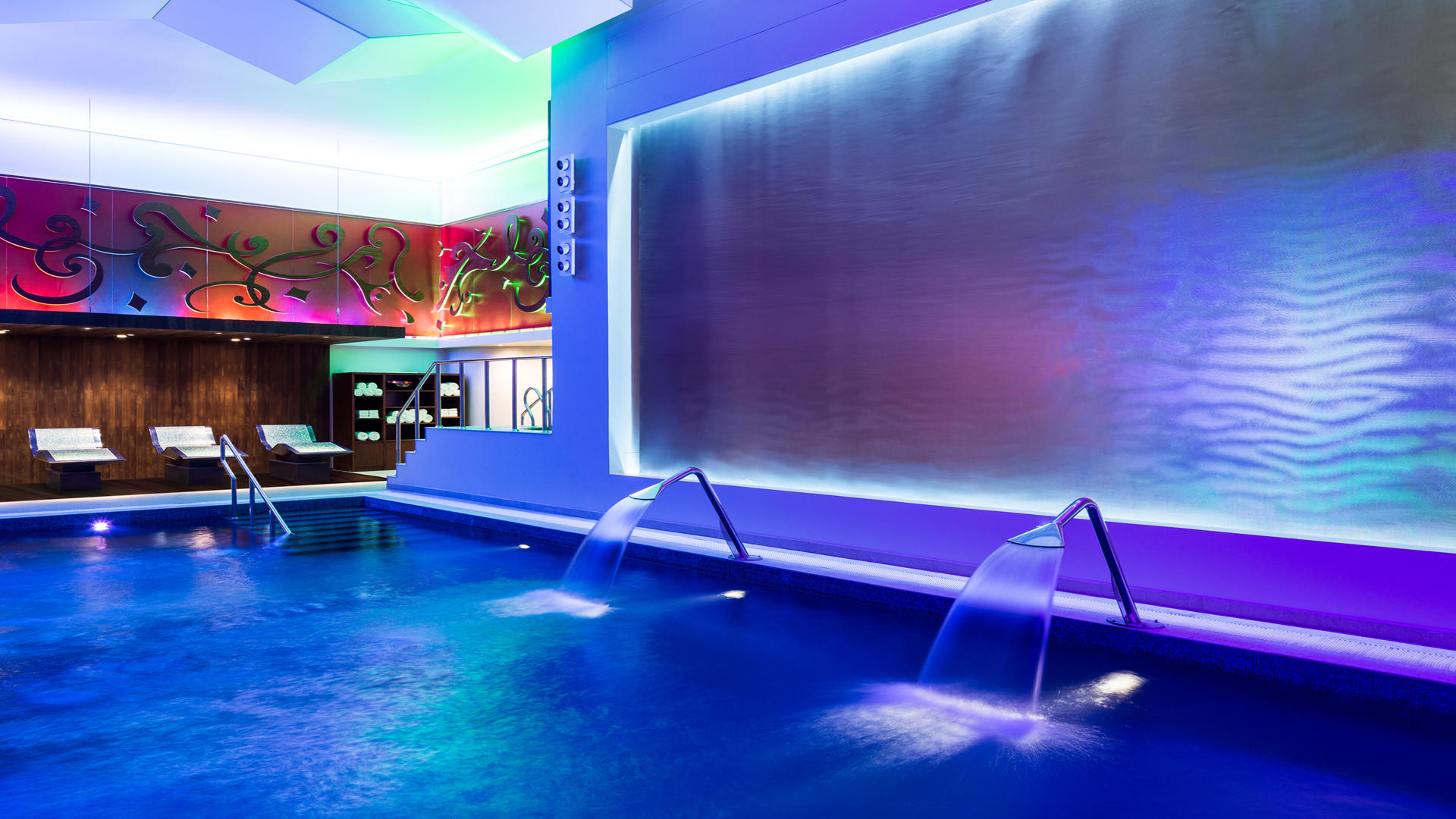 Al-Faisaliah-Spa---Indoor-Pool-(Ladies-Spa)