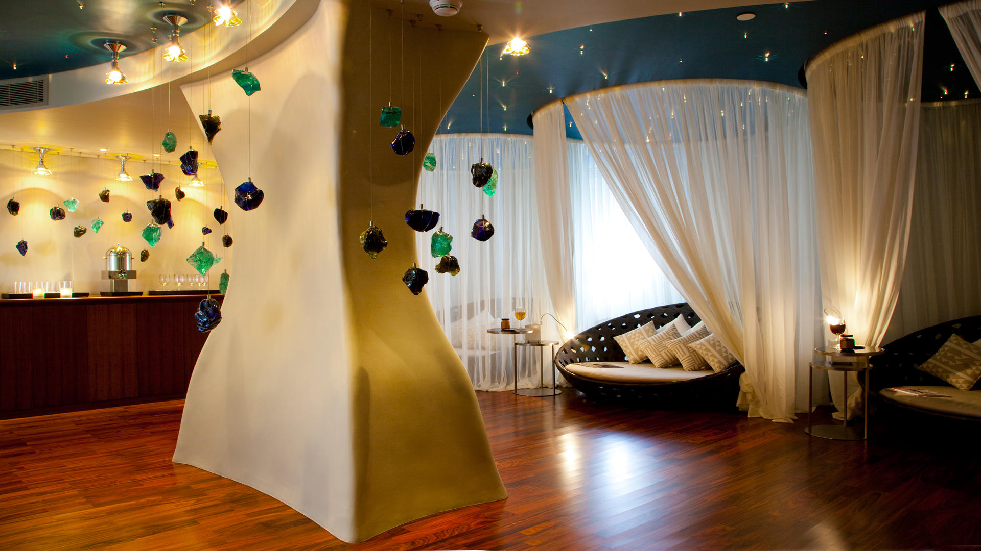 Al-Faisaliah-Spa---Relaxation-Lounge-(Ladies-Spa)