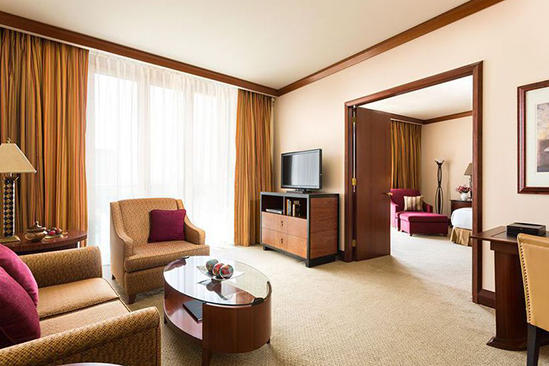 Al_Faisalliah_Hotel_Junior_Suite