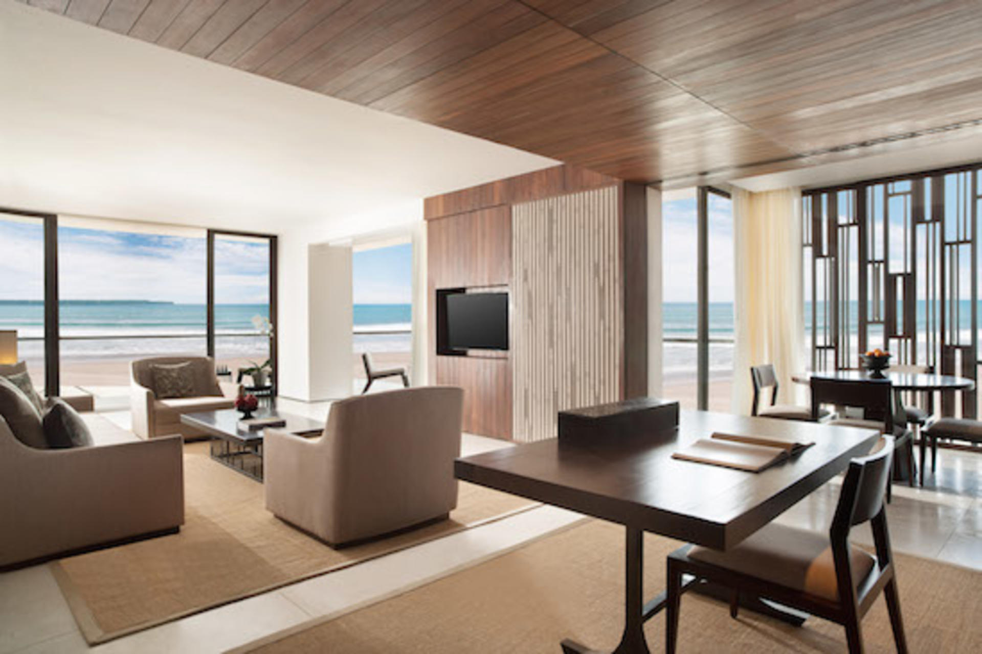 Alila Seminyak - Beach Suite - Living Room
