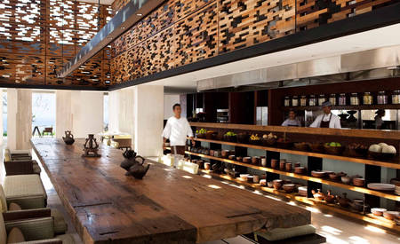 Alila_Villas_Uluwatu_The-warung_Restaurant