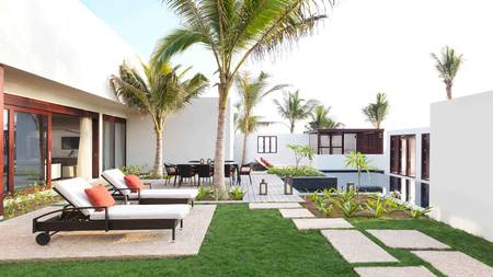 AABS_Cover_Three Schlafzimmer Royal Beach Villa