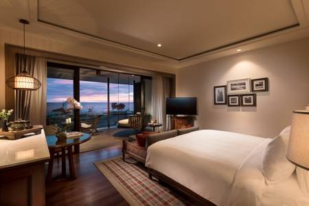Anantara_Desaru_Coast_Resort_and_Villa_Guest_Room_Deluxe_Sea_View_Bedroom_View_Evening