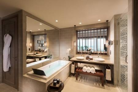 Anantara_Desaru_Coast_Resort_and_Villa_Guest_Room_Deluxe_Sea_View_Room_Bathroom
