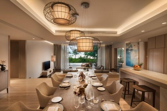 Anantara_Desaru_Coast_Resort_and_Villa_Guest_Room_Four_Bedroom_Beach_Residence_Dining_Room
