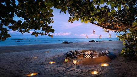 Anantara_Desaru_Coast_Resort_and_Villa_Restaurant_Dining_by_Design_Beach_Sunset