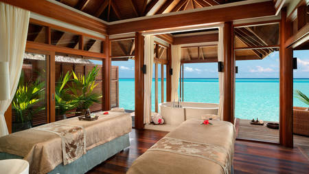 Anantara_Dhigu_Spa_Treatment_Room_1920x1080