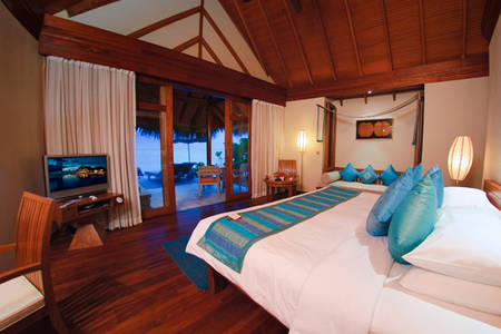 Anantara_Dhigu_Sunset-Beach-Villa