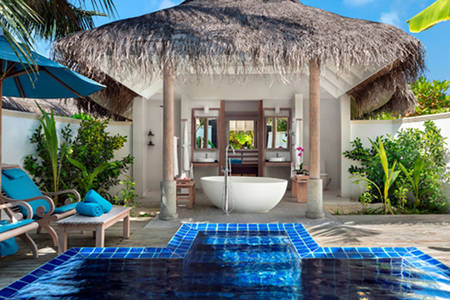 Anantara_Dhigu_Sunset_Pool_Villa_549x366
