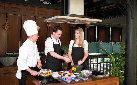 Anantara_The_Palm_THAI-TOM-YUM