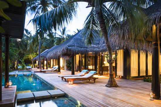 Anantara_Kihavah_Three-Bedroom-Beach-Pool-Residence