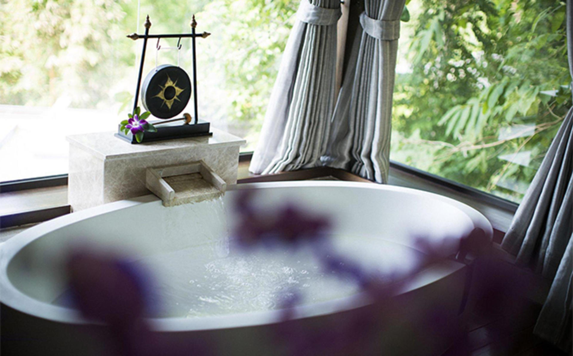 Anantara_Layan_Luxury-Bath-Ritual