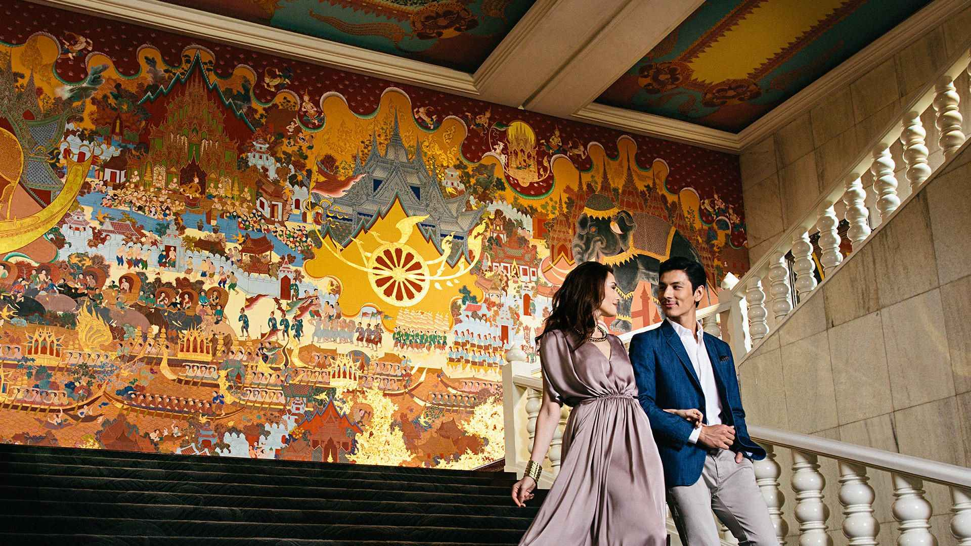 Couples-Stairs_Hero-image_Updated2019_banner_image_20190808