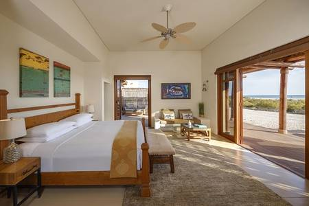 R02 Anantara_Sir_Bani_Yas_Island_Al_Yamm_Villa_Resort_Guest_Room_One_Bedroom_Villa_Bedroom
