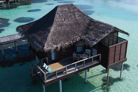 Anantara_Veli_Accommodation_Overwaterbungalow