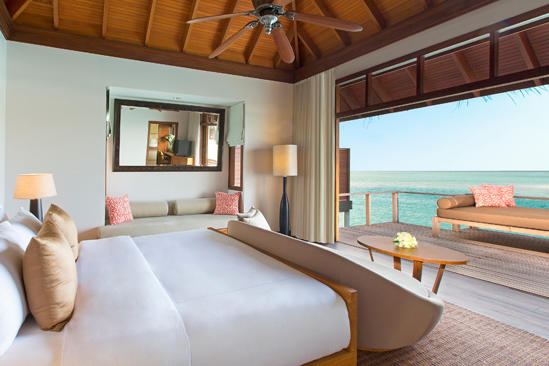 Anantara_Veli_Deluxe_Over_water_Bungalow