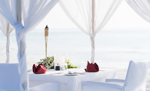 Anantara_Veli_Maldives_Resort_Dining_by_design