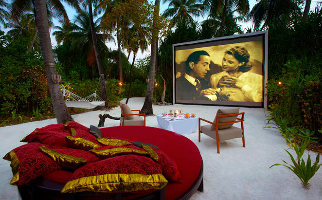 Anantara_Veli_PRIVATE-MOVIE-UNDER-THE-STARS