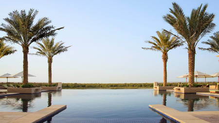 Eastern_Mangroves_Hotel_ & _Spa_Abu_Dhabi_By_Anantara_The_Pool_Deck