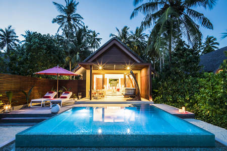 R01_BEACH-POOLVILLA MIT