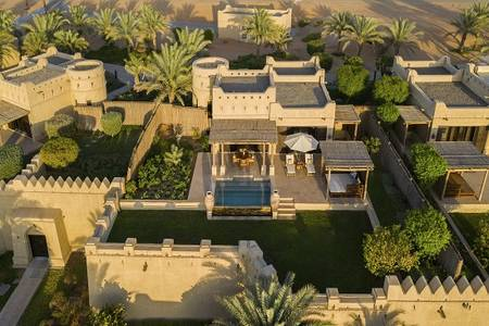 Qasr_Al_Sarab_Desert_Resort_by_Anantara_Exterior_View_Guest_Room_One_Bedroom_Villa