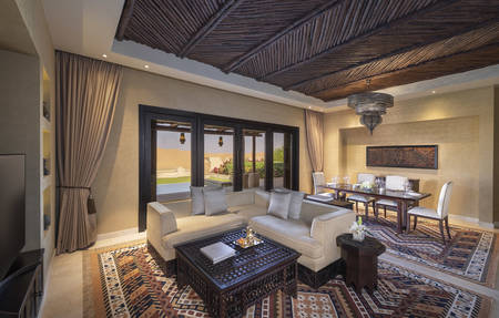 Qasr_Al_Sarab_Desert_Resort_by_Anantara_Guest_Room_Two_Bedroom_Villa_Livingroom