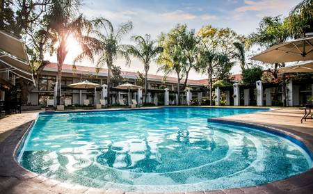 Avani_Gaborone_Resort_and_Casino_Pool_Bar