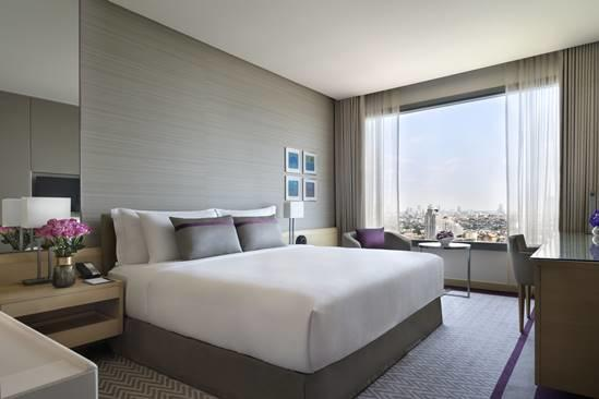 R02_Panorama_River_View_Room_King