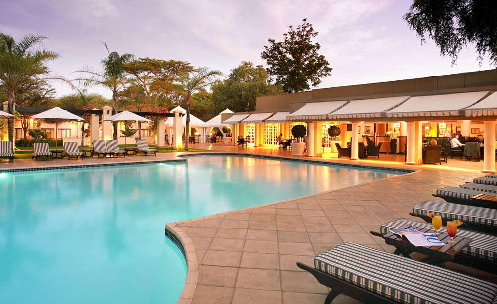 AVANI_Gaborone_Resort_&_Casino_Pool_Bar