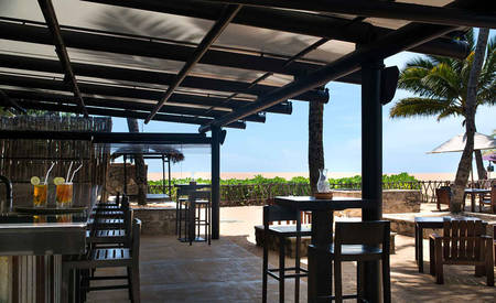 AVANI_Kalutara_Resort_Karadiya Bar