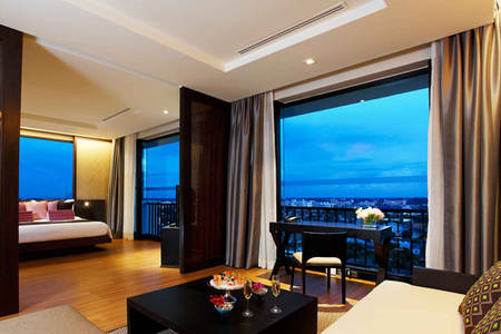 AVANI _ Khon _ Kaen _ Hotel _ Executive _ Suite