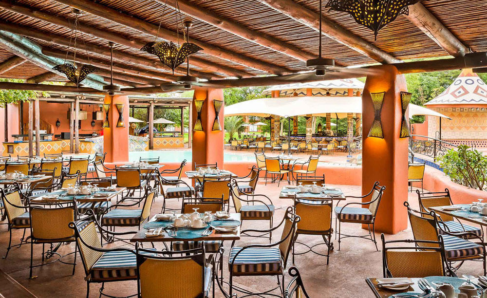 AVANI_Victoria_Falls_Resort_Poolside_Grill_and_Pool_Bar2