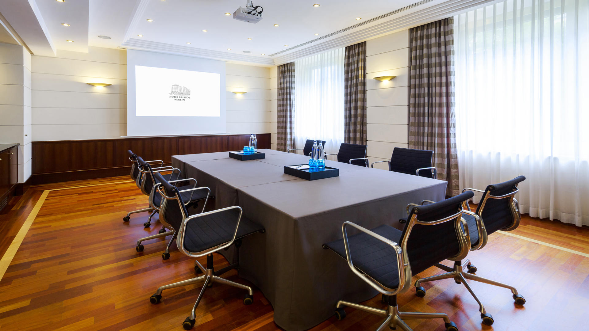 HotelBristolBerlin_Meeting_Room