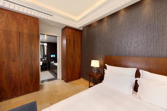 Le_Gray_Hotel_Beirut_Deluxe_Room_Blue