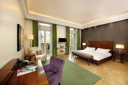 Le_Gray_Hotel_Beirut_Premium_Room_Green