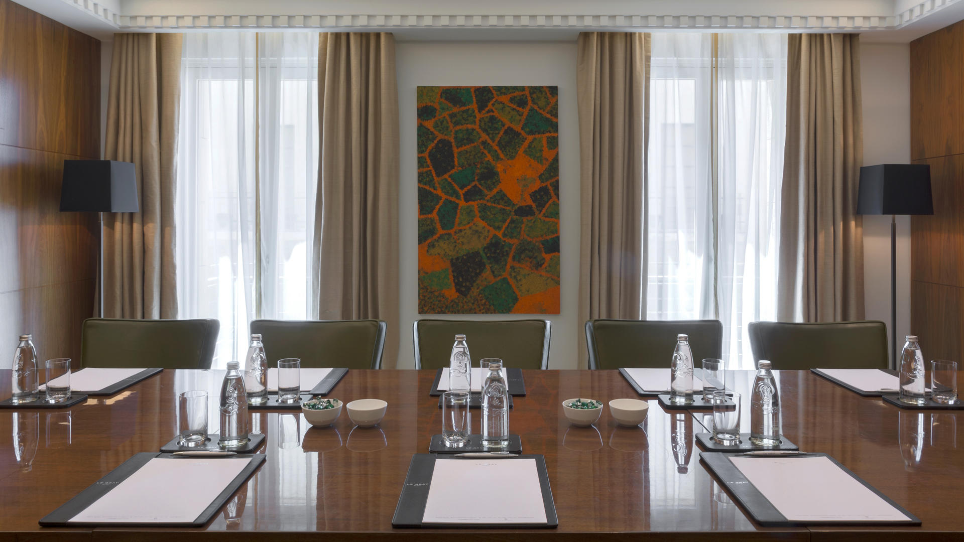 Le_Gray_Hotel_Beirut_The_Meeting_Room