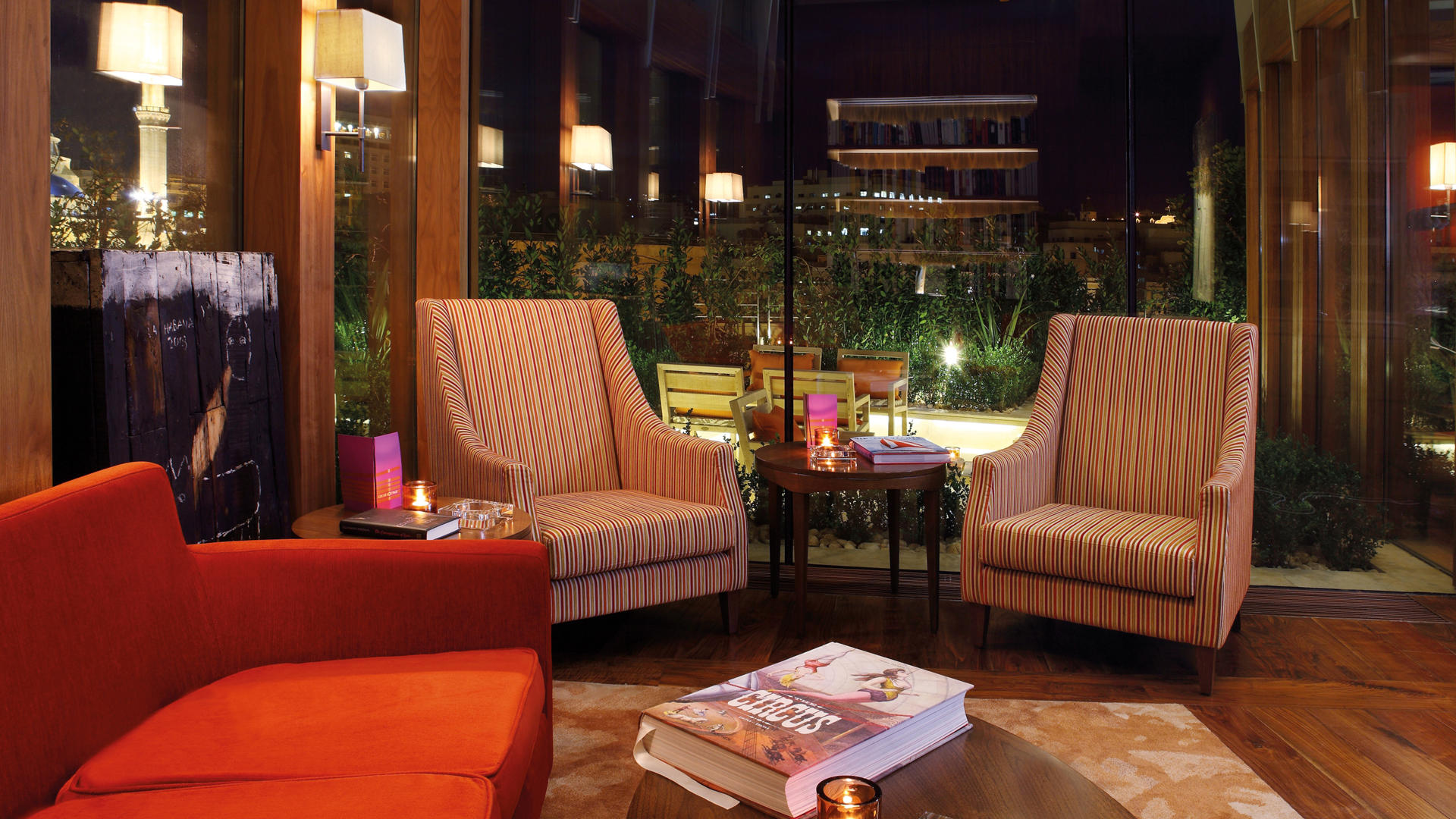 Le_Gray_Hotel_Cigar_Lounge