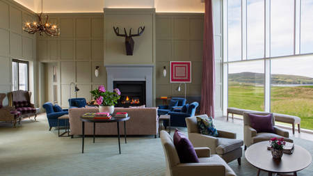 MachrieHotel_The-Stag-Lounge-L