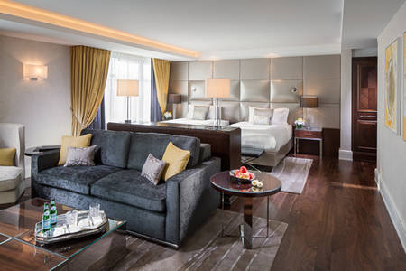 Capella_Dusseldorf_Grand_Deluxe_Room