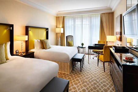 Capella_Dusseldorf_Superior_Twin_Room