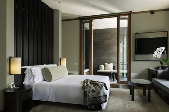 Capella_Singapore_Premier_Seaview_Room