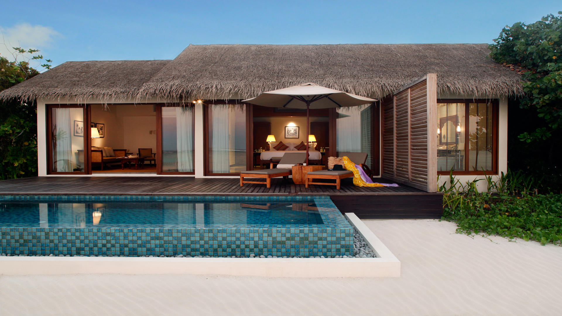 Cenizaro _ ResidencesMaldives _ Beach-Pool-Villa