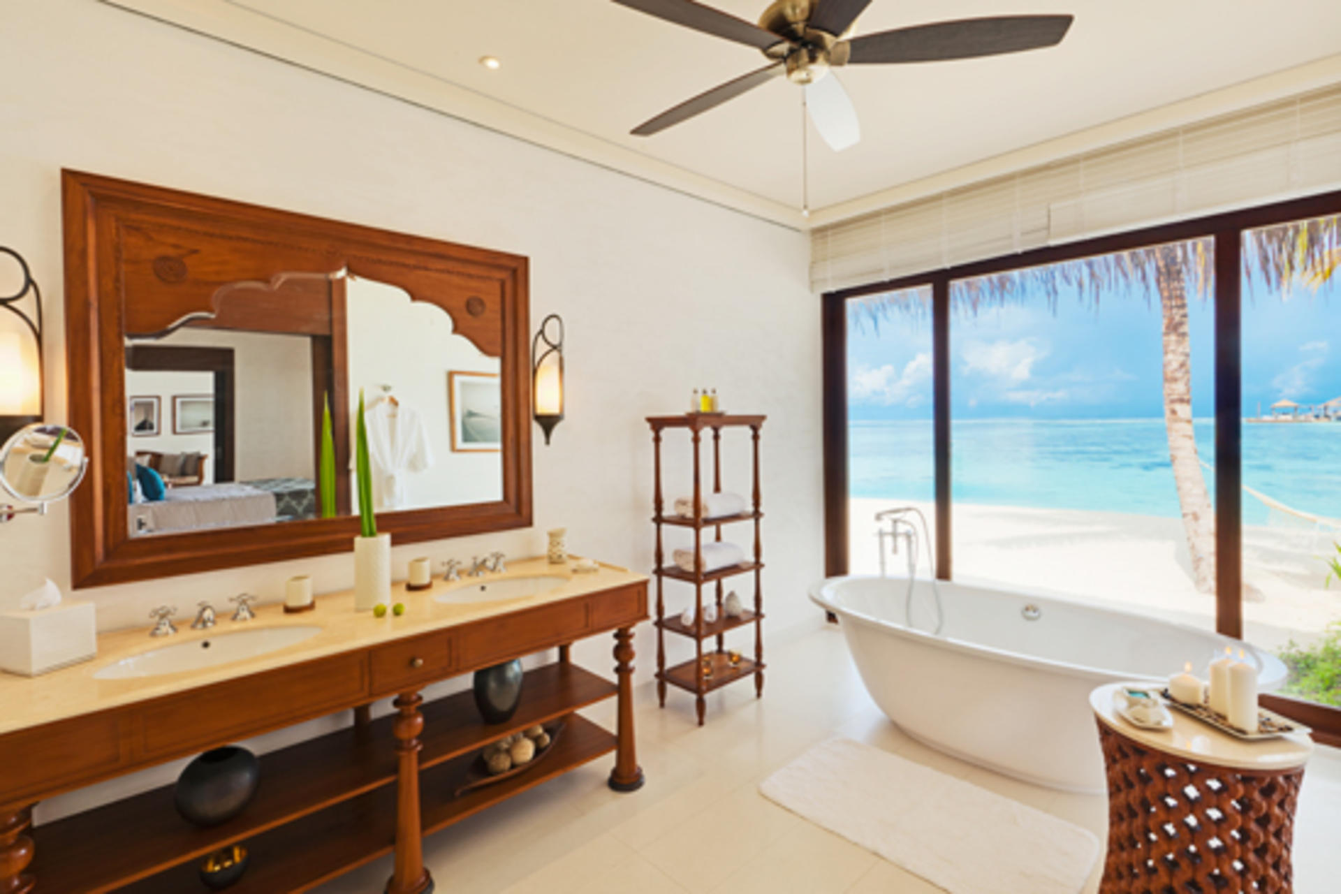 Cenizaro_ResidencesMaldives_One-Bedroom-Beach-Villa-Bathroom-1