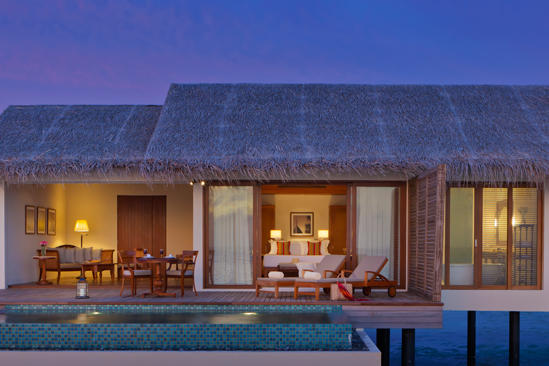 Cenizaro_ResidencesMaldives_One-bedroom-Water-Pool-Villa-by-Dusk