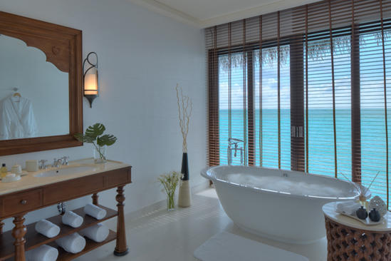Cenizaro_ResidencesMaldives_One — — — — 水 — — — — 卫浴间