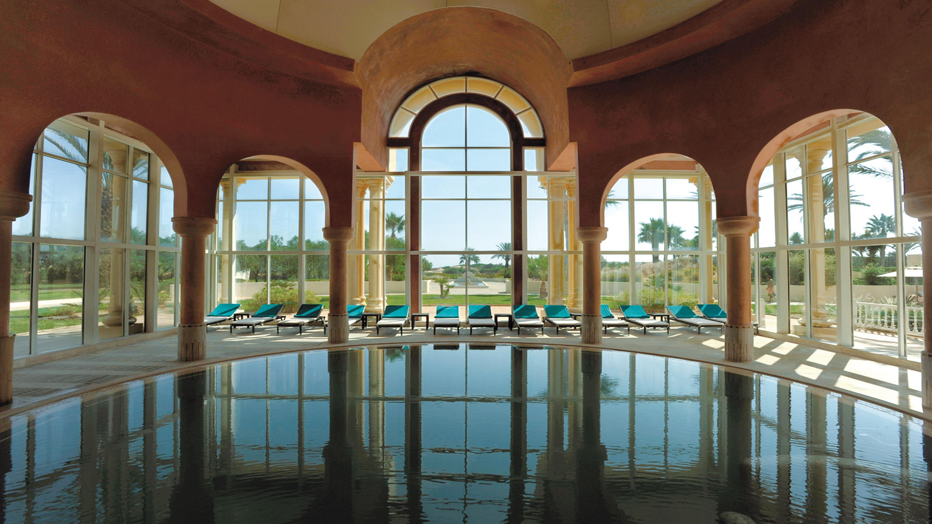 Cenizaro_ResidencesTunis_Thalasso-Therapy-Indoor-Swimming-Pool