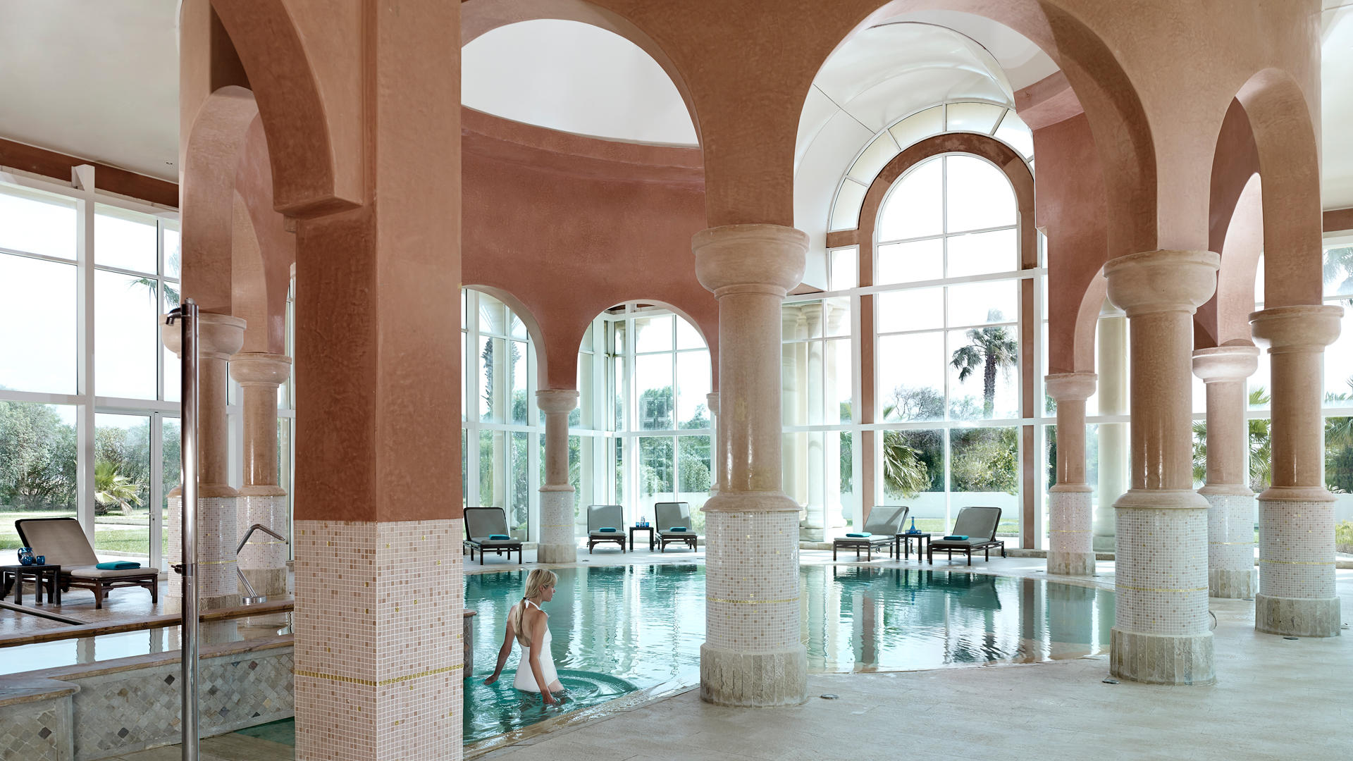 Cenizaro_ResidencesTunis_Thalasso-Therapie-Pool