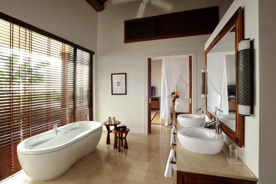 Cenizaro_TheResidenceZanzibar-Presidential-Pool-Villa-2nd-Bathroom