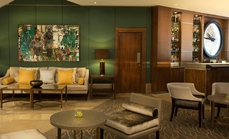 Corinthia-Lisbon-Tempus-Lounge-Bar-Painting