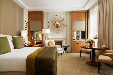 Corinthia-Hotel-London-Executive-King-room